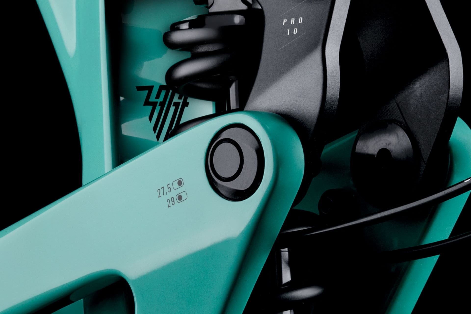 PROPAIN-Rage-CF-MY2021-CloseUp-Flip-Chip-black-1-1.jpg