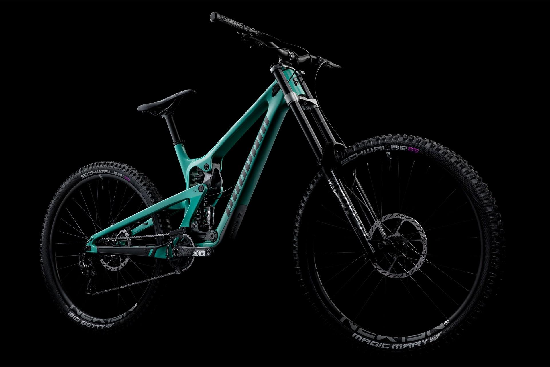 PROPAIN-Rage-CF-MY2021-CloseUp-Bike-black